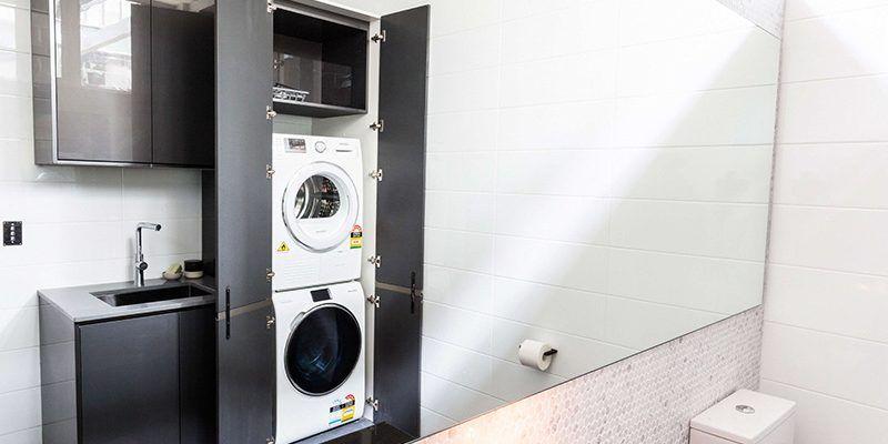 C mo esconder la lavadora home decor cuarto de ba o for Muebles para lavadoras en el bano