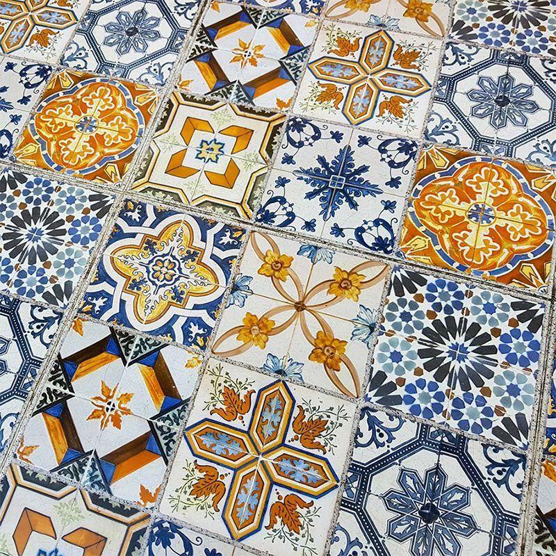 Historia de los dise os hidr ulicos alfombras vin licas for Baldosas vinilicas pared