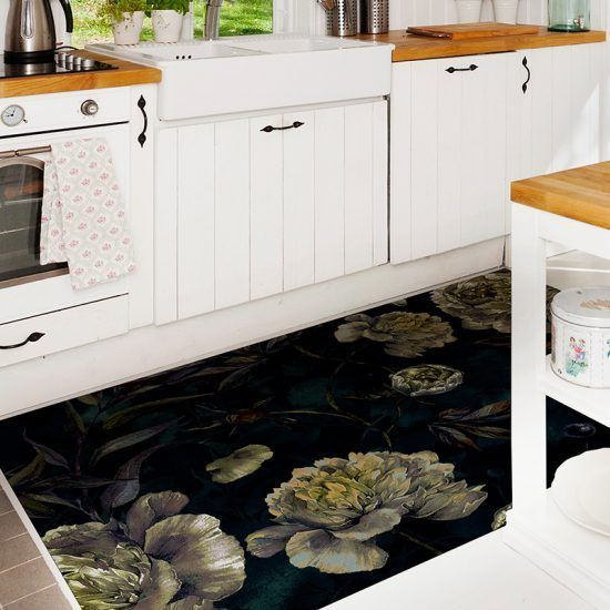 ALfombra Vinílica Dark Flowers cocina