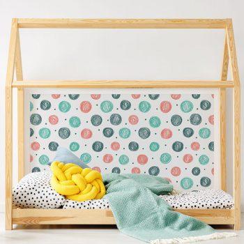 Cabecero de cama de vinilo Infantil Puntitos detalle cama