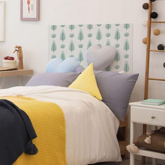 Cabecero de cama de vinilo Infantil Bosque Verde detalle cama