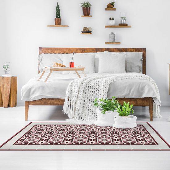 Alfombra Vinílica Carly Garnet dormitorio