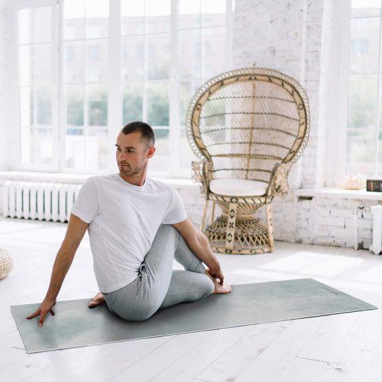 Yoga mat acuarela grey clase de yoga