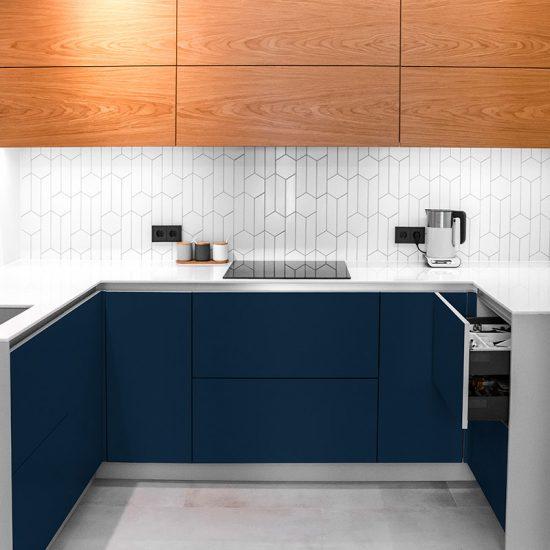 Vinilo decorativo azul oscuro cocina