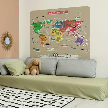 Habitación infantil cabecero de cama mapa del mundo colorido
