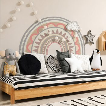 Habitación infantil cabecero de cama arcoiris mandala
