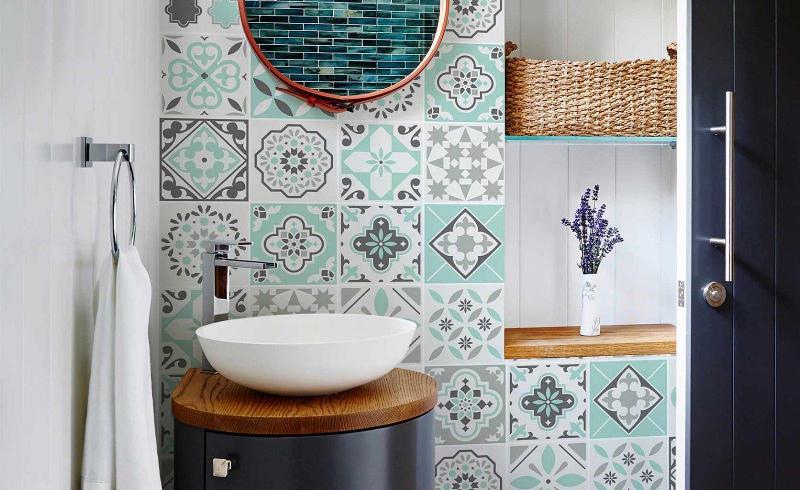 vinilos decorativo motivos hidráulicos baño